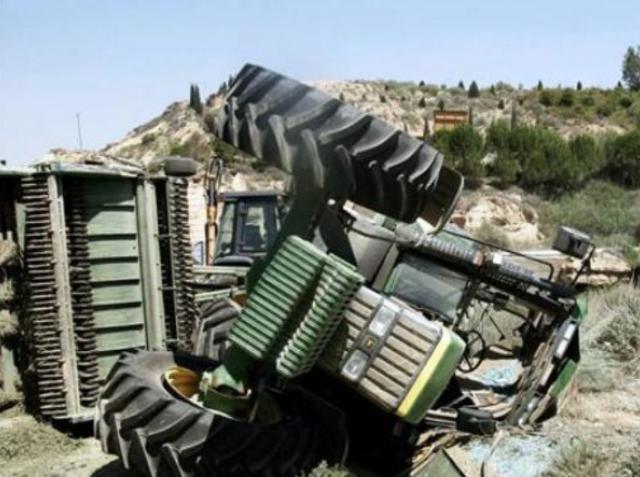 TRAGEDIA | Muere un hombre de 69 al volcar su tractor