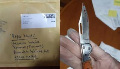 URGENTE | La ministra Reyes Maroto recibe una carta con una navaja aparentemente ensangrentada