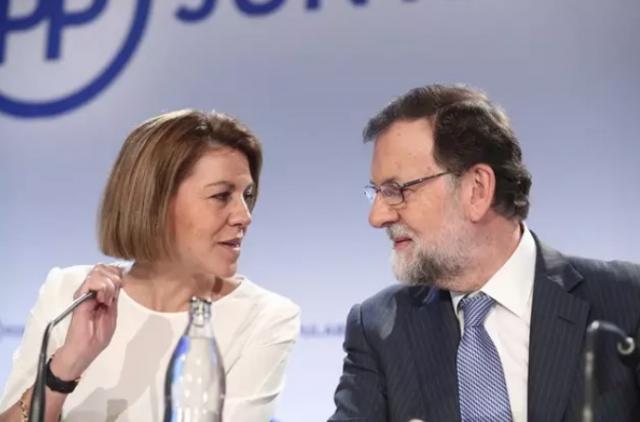 María Dolores de Cospedal y Mariano Rajoy durante una reunión del PP - EUROPA PRESS - Archivo