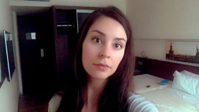 Clara Serrano, en la habitación de hotel Foto: Las Noticias de Cuenca