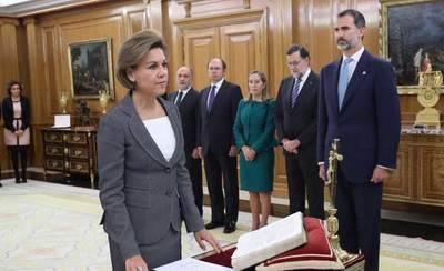 María Dolores de Cospedal promete su cargo como ministra de Defensa