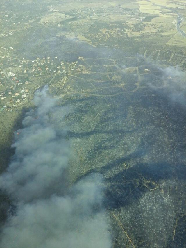 La Delegación del Gobierno y Junta piden la activación de la UME por el incendio de Toledo