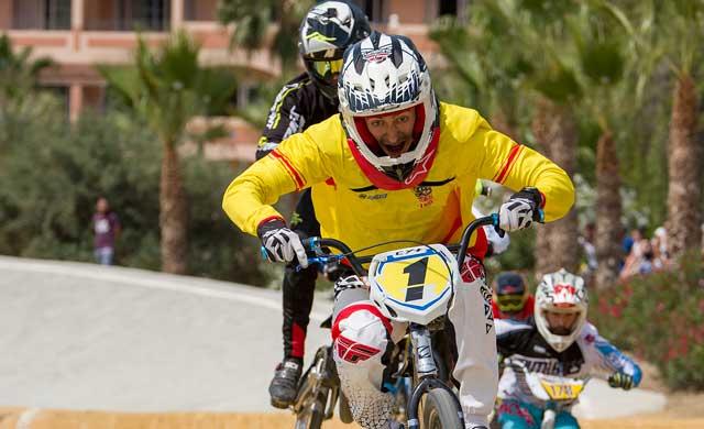Alberto Ruiz y Daniela Moreno, líderes de la Copa de España de BMX