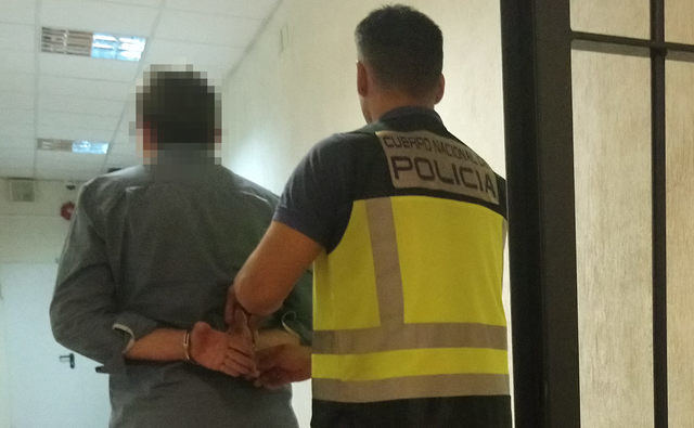 El detenido.