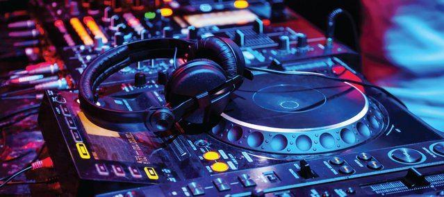 Polémica en Burguillos por la contratación de un DJ 'ultraderechista bajo investigación judicial'