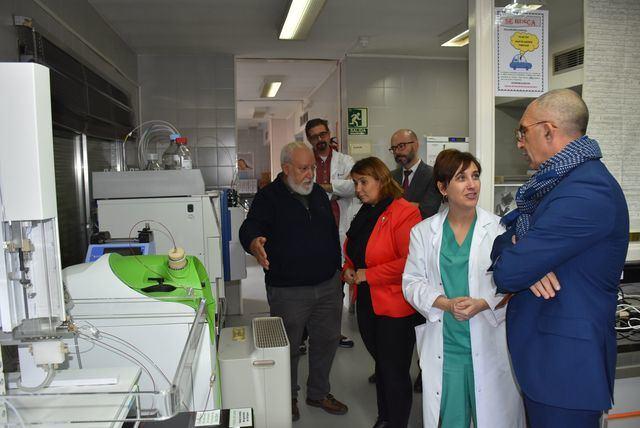 La alcaldesa de Talavera visita el ICS con representantes del SECAM