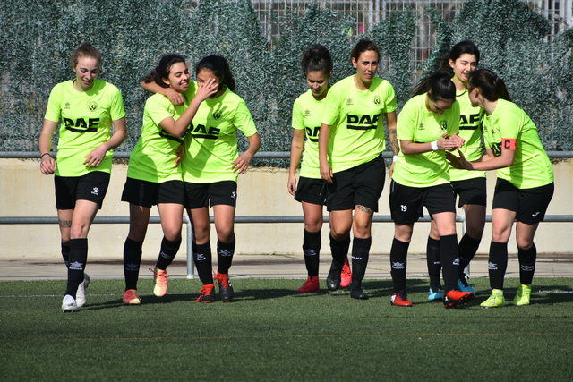 FÚTBOL FEMENINO | El CF Élite Talavera gana el derbi femenino frente al CF Talavera