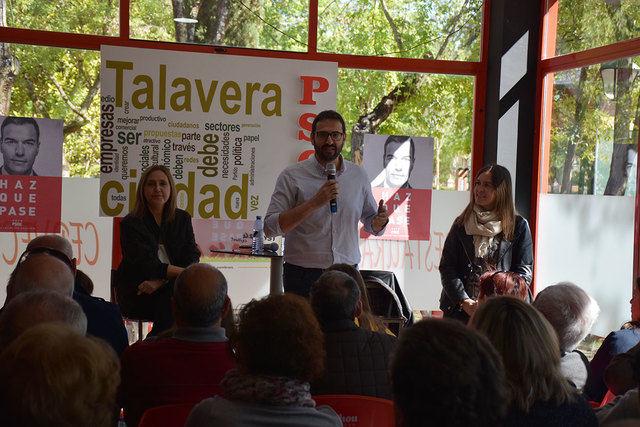 """Tita García Élez, ha insistido en que """"las pensiones y la dependencia siempre están mejor cuando gobierna el PSOE"""""""