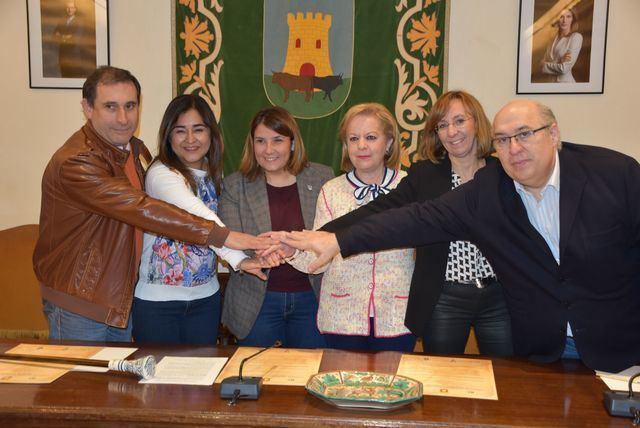 """Talavera y México """"unidos"""" para proteger y promocionar la cerámica"""