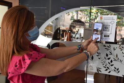 """TALAVERA   Código QR como """"escaparate"""" para los visitantes y vínculo al sector turístico"""