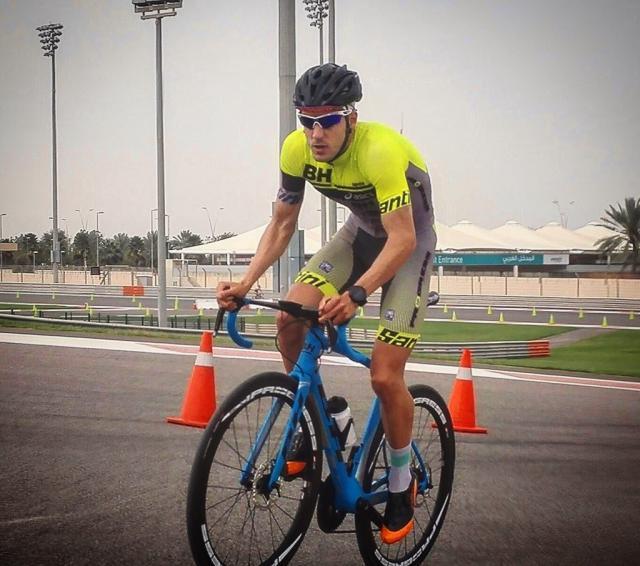 Alarza arranca motores en Abu Dhabi