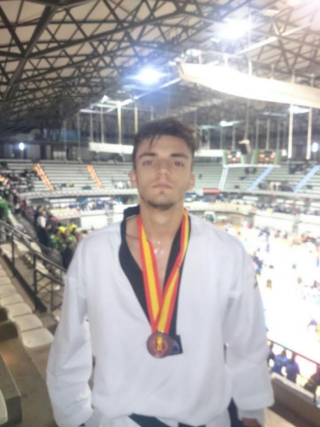 El talaverano Daniel García, medalla de bronce en Campeonato de España de Taekondo de clubes