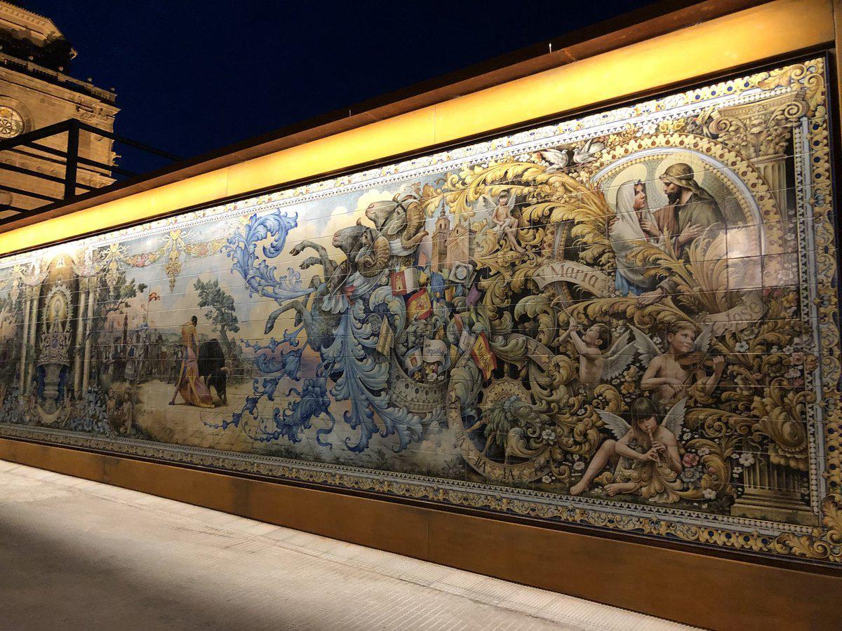 El nuevo mural cer mico es un homenaje a la historia de talavera y las mondas la voz del tajo - Murales de ceramica ...
