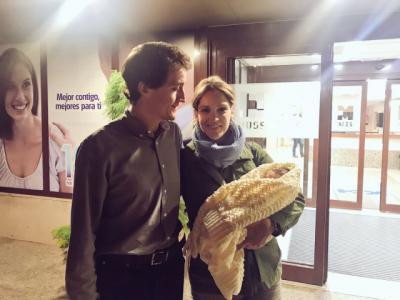 Nació Alejandro Garvín Ferrer, el primer hijo de Julián y Marta, nuestros compañeros en KISS