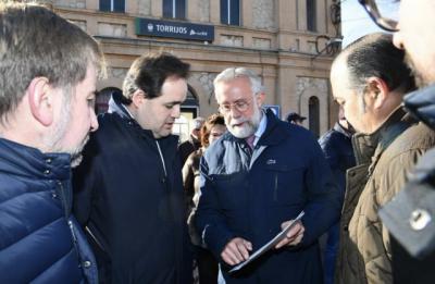 Núñez y Ramos visitan la estación de Torrijos y piden inversiones