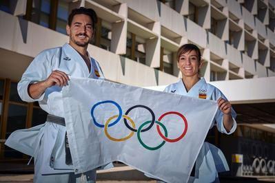 VÍDEO | Los karatecas olímpicos reciben el apoyo de sus familiares y amigos