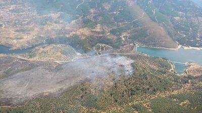 Una reproducción en el incendio de El Tiemblo vuelve a movilizar a los medios