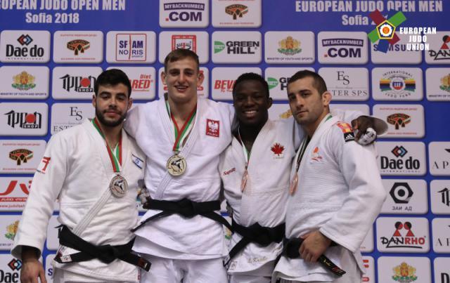 Adrián Nacimiento con su medalla de bronce / European Judo Union / Fotógrafo: Kostadin Andonov