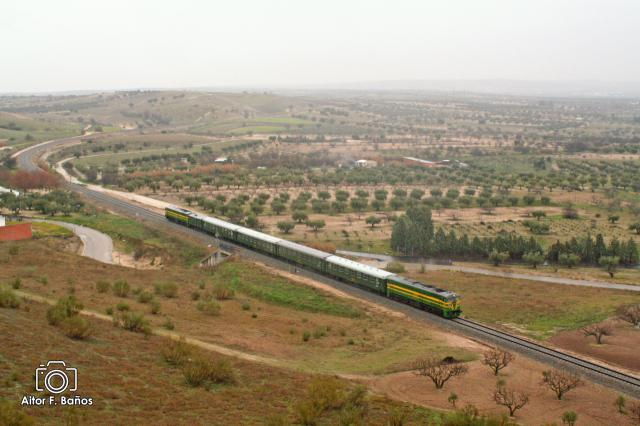 Parada en Talavera de un tren turístico inglés