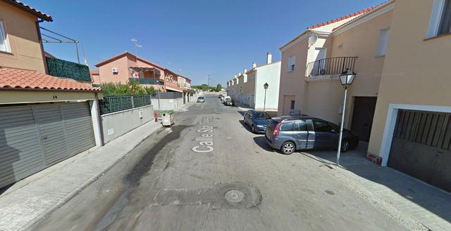 Herida leve una mujer de 89 años tras el incendio en una vivienda de Escalona