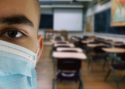 SOLO 0,34%   Dato mínimo de aulas confinadas en CLM