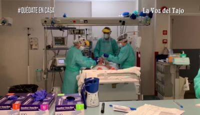 VIDEO | Primera paciente de COVID-19 extubada de UCI en Talavera