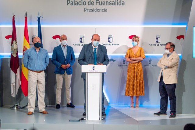 SANIDAD | Importante acuerdo entre Junta, PSOE y Cs por el material sanitario