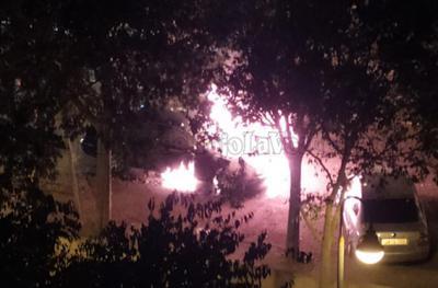 VIDEO | Arde un vehículo en plena Avenida Juan Carlos I en Talavera