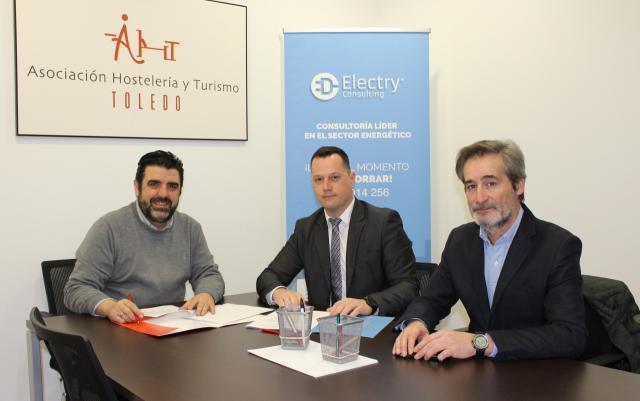 La AHT firma un convenio de colaboración con ElectryConsulting