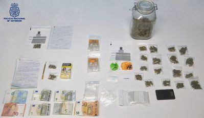 La Policía Nacional desmantela un importante punto de venta de droga