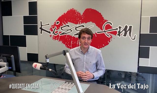 CORONAVIRUS | Julián Garvín, director de informativos de Kiss FM, nos anima a quedarnos en casa (VIDEO)