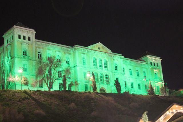La Diputación de Toledo se ilumina de verde con motivo del Día Mundial Contra el Cáncer