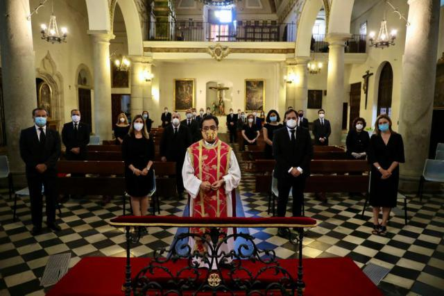 COVID-19 | Cospedal reaparece en una misa del PP en el Día de CLM