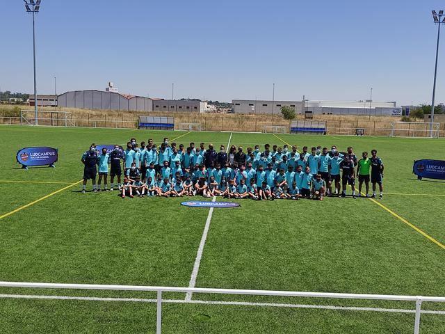Rotundo éxito del I Summer Camp Levante UD