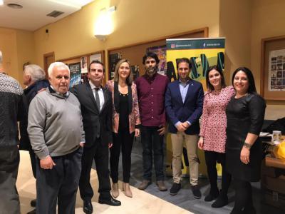 Espectáculo de los colegiales talaveranos en la III Gala Solidaria 'Acuérdate de Vivir'