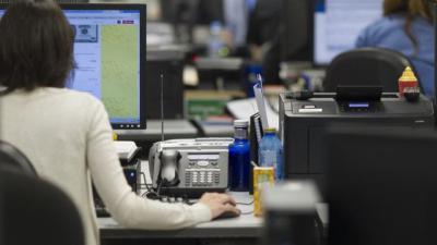 Unanimidad en las Cortes para incrementar el 0,5% salarial para los empleados públicos