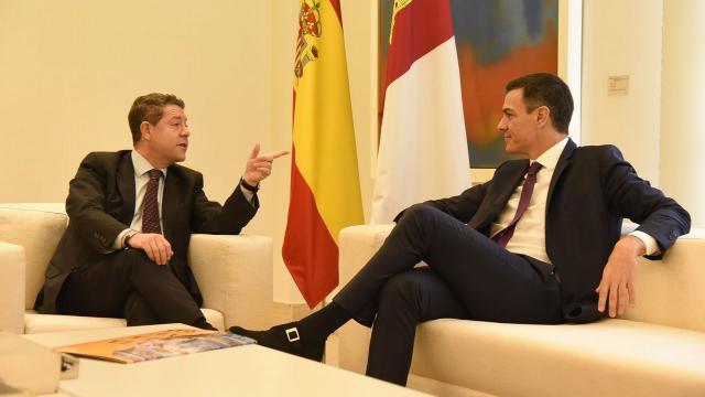 Sánchez traslada a Page que no se saldrá del límite constitucional