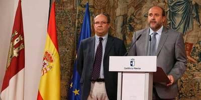 Martínez Guijarro: 'si alguien quiere utilizar a Castilla-La Mancha como moneda de cambio o como rehén por la situación política nacional, se equivoca y mucho'.