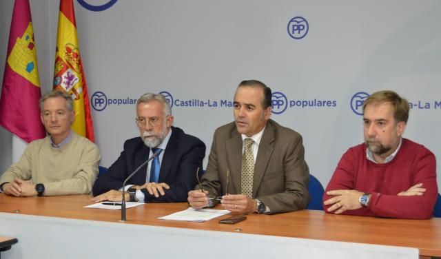 """PP Toledo presentará mociones en ayuntamientos para reivindicar la """"modernización urgente"""" del tren"""