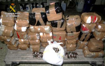 Detenida una persona e incautados más de 32 kilos de hachís en Almuradiel