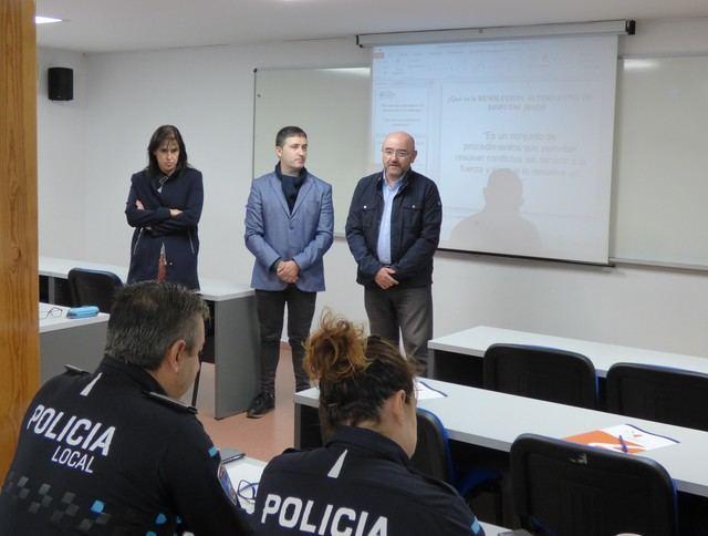 Instrucción para una veintena de policías locales