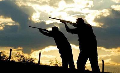 Un cazador hiere a otro en el costado y cara por un disparo accidental