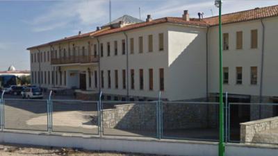Dos funcionarios de prisiones resultan heridos tras ser agredidos por un interno