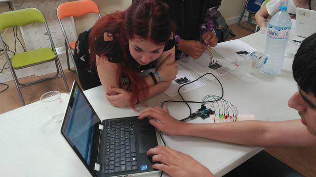 IESO La Jara y TEA Talavera, juntos por la robótica (IMÁGENES)