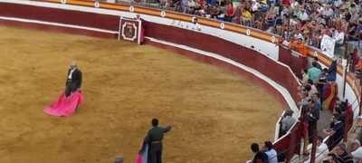 Se emprenderán acciones legales contra un torero por negarse a matar su novillo
