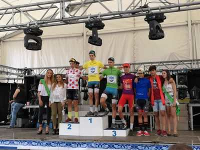 Alex Martín, primer maillot amarillo de la 'Vuelta a Talavera Junior'