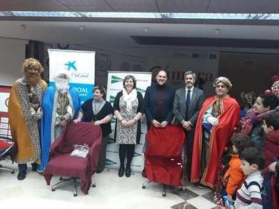 Los Reyes Magos de Oriente visitan la Cámara de Comercio de Talavera