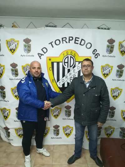 La AD Torpedo 66 presenta al nuevo técnico José Luis Casero