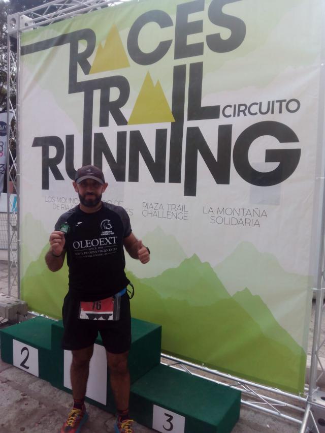 """El """"Espartano"""" Luis Romero acudió a los 42 kilómetros de La Montaña Solidaria"""