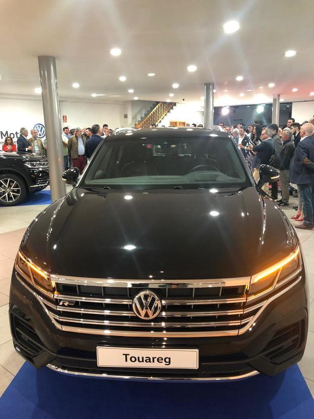 Los talaveranos conocen en primicia el nuevo modelo Volkswagen Touareg